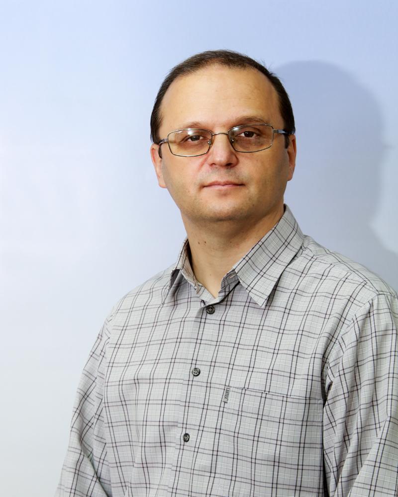 Dr Dejan R. Dimitrijević