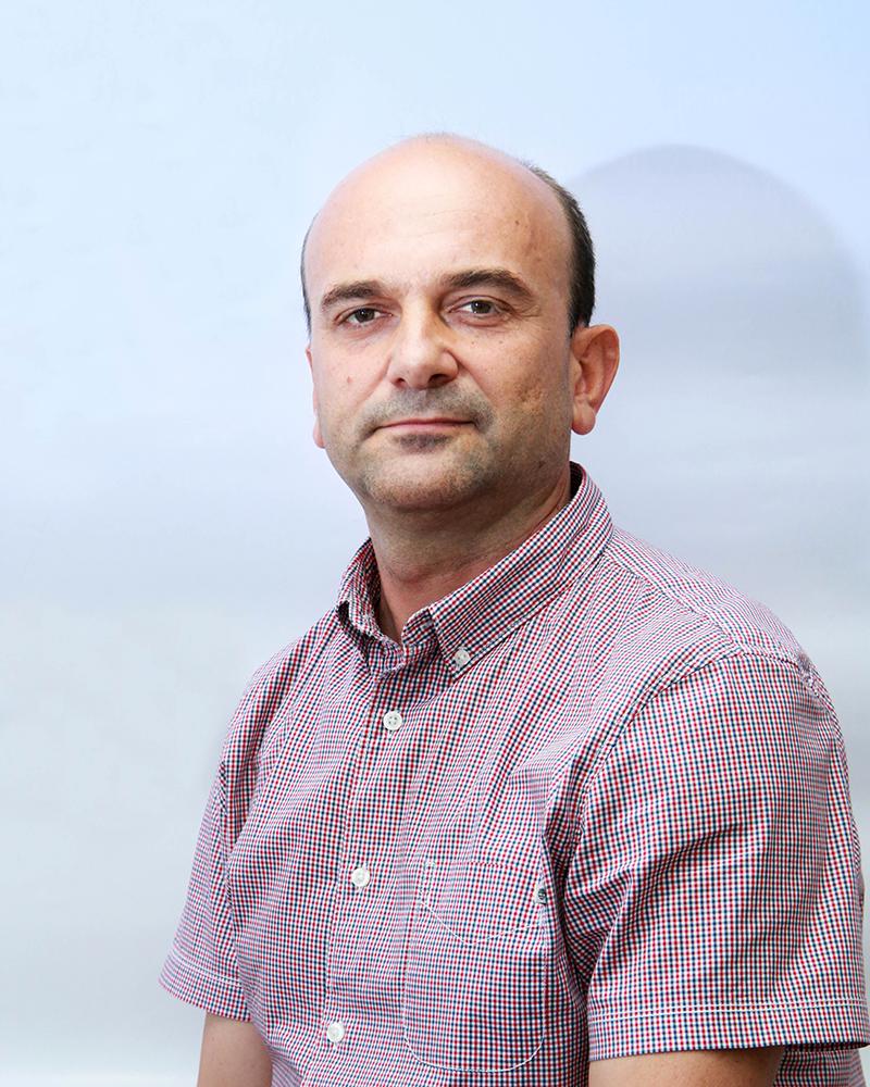 Dr Dejan Ilić