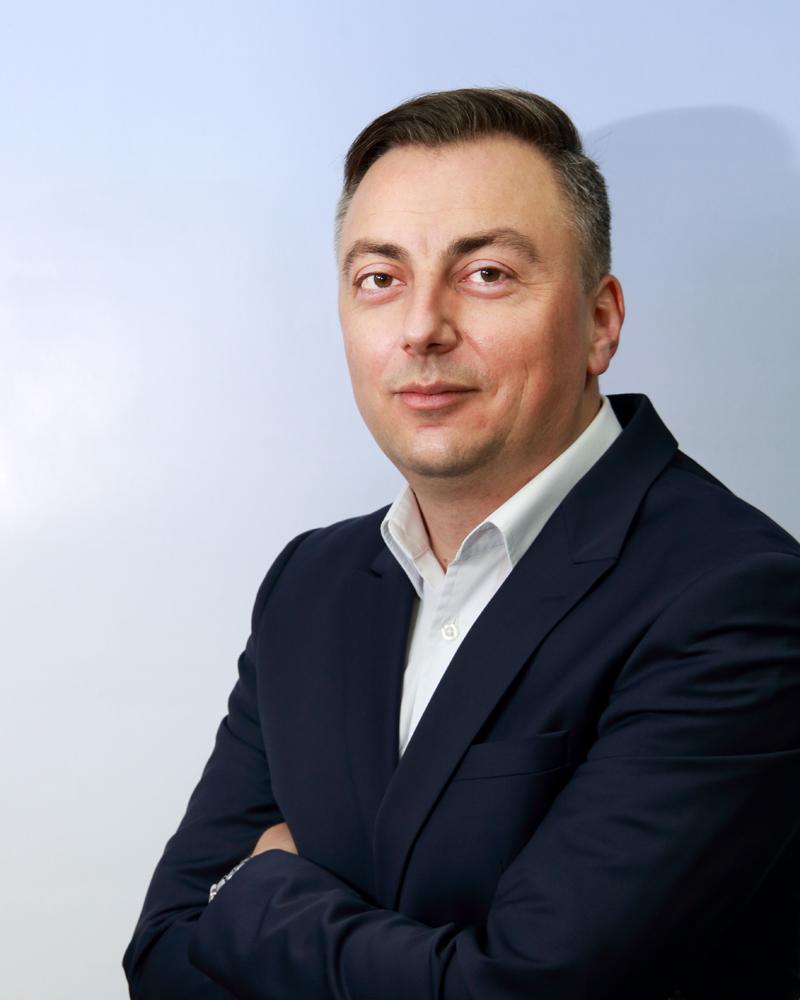 Dr Nenad S. Кrstić