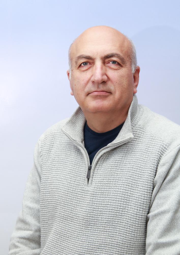 Dr Ljubiša D. Nešić