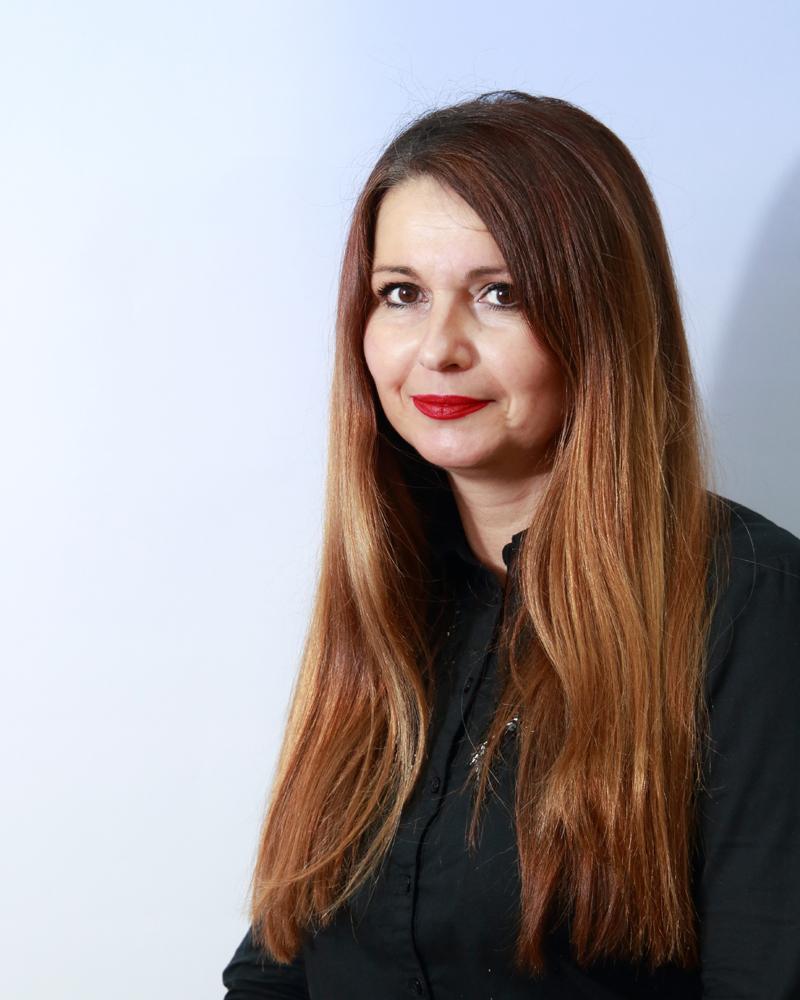 Dr Violeta D. Mitić